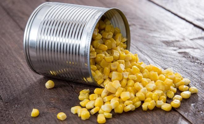 Целая консервированная кукуруза