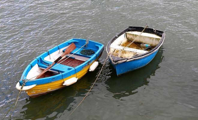 Лодки с веслами